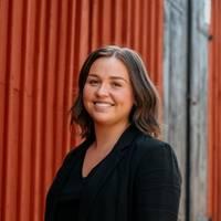 Mäklare Annie Ivarsson, Fastighetsbyrån Vimmerby
