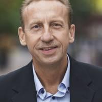 Mäklare Anders Englund, Mäklarhuset Värnamo