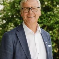 Mäklare Håkan Andersson, Fastighetsbyrån Kinna