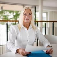 Mäklare Helena Ullhag, Karlsson & Uddare AB