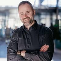 Mäklare Sebastian Stojanovic, Ny vy Mäklare