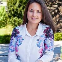 Mäklare Sara Engberg, Fastighetsbyrån Salem