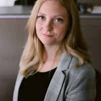 Mäklare Emma Forsberg, Fastighetsbyrån Sandviken