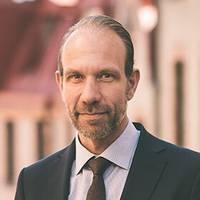 Mäklare Patrik Henningsson, Lundin Fastighetsbyrå