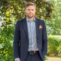 Mäklare Anton Andersson, Fastighetsbyrån Trollhättan