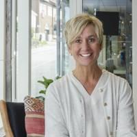 Mäklare Lena Sandstrom, Fastighetsbyrån Åre