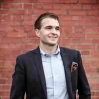 Mäklare Mikael Petersson, Svensk Fastighetsförmedling Karlskrona