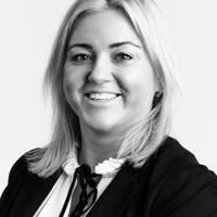 Mäklare Evelina Lund, Länsförsäkringar Fastighetsförmedling Enköping