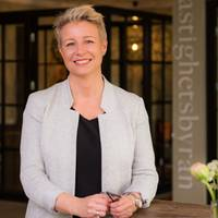 Mäklare Annika Mansson, Fastighetsbyrån Simrishamn