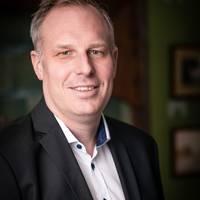 Mäklare Fredrik Mattsson Waller, Askengren Fastighetsmäklare