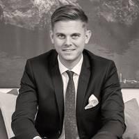 Mäklare Marcus Hilbertsson, MOHV Halmstad