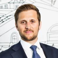 Mäklare Dennis Stenström, Fastighetsbyrån Avesta