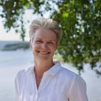 Mäklare Anna-Lena Christianson, Höga Kustens Fastighetsmäklare