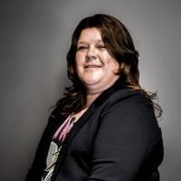 Mäklare Karin Persson, Properties & Partners Finspång