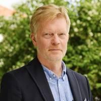Mäklare Peter Rosenqvist, Fastighetsbyrån Kinna