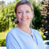 Mäklare Lena Larsson, Fastighetsbyrån Tumba