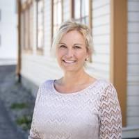 Mäklare Ester Hemström, Mäklarhuset Härnösand