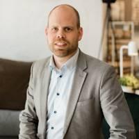 Mäklare Anders Arosenius, Fastighetsbyrån Skara