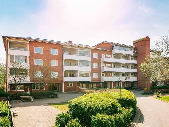 879a806ab1f5 Valnötsstigen 7 i Bråten Park, Mariestad - Bostadsrättslägenhet till salu -  Hemnet