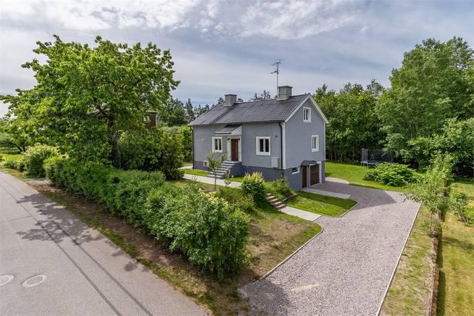 Bild: 6 rum villa på Ringvägen 39, Västerviks kommun Överum