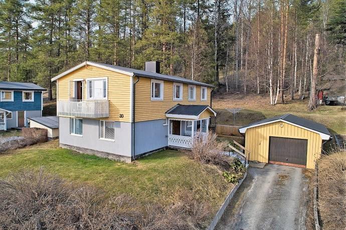 Bild: 5 rum villa på Strandvägen 30, Vilhelmina kommun Volgsjöstrand