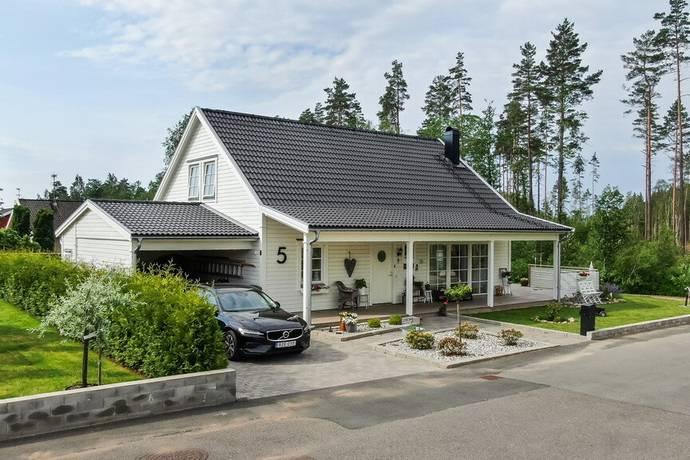 Bild: 6 rum villa på Pumparevägen 5, Sävsjö kommun Sävsjö