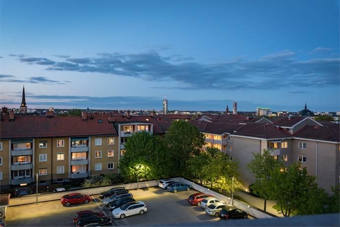 Bild: 2 rum bostadsrätt på OXBACKSGATAN 7, Västerås kommun Oxbacken