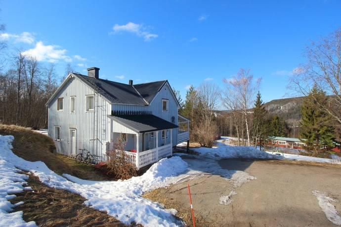 Bild: 5 rum villa på Husåsvägen 39, Sundsvalls kommun Liden