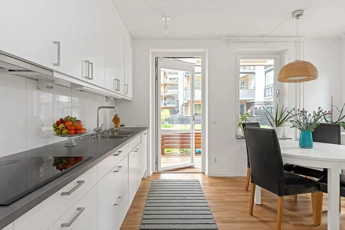 Bild: 2 rum bostadsrätt på Grindtorps Skolgränd 44, Täby kommun Täby Centrum