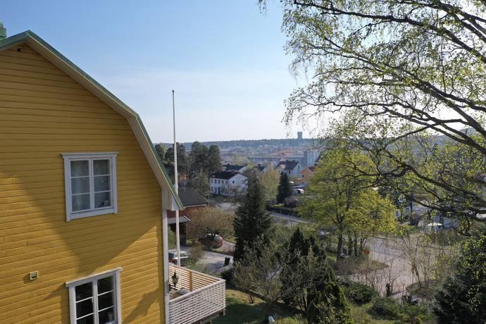 Bild: 4 rum villa på Klintvägen 3, Södertälje kommun Brunnsäng