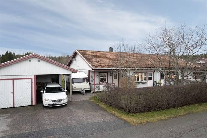 Bild: 3 rum bostadsrätt på Fackelvägen 27, Håbo kommun Skokloster - Slottsskogen