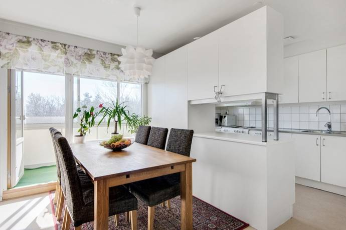 Bild: 3 rum bostadsrätt på Bergshöjden 62, Sundbybergs kommun Hallonbergen