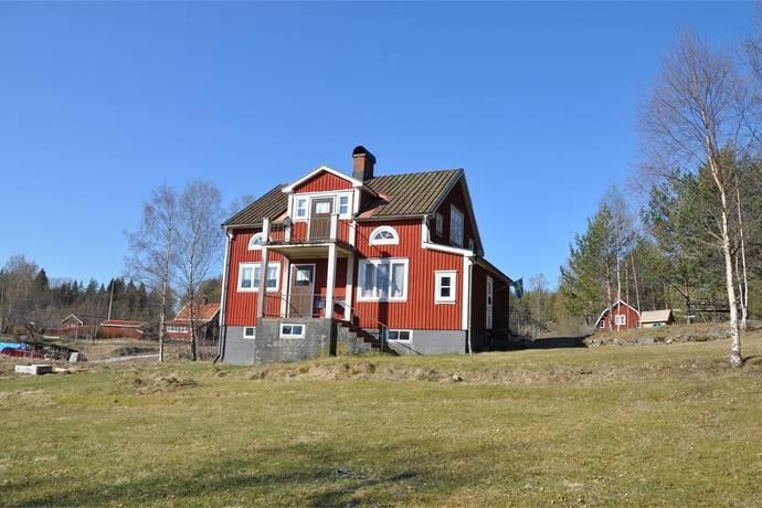 Bild: 4 rum villa på Källsbyn Norra Ramserud 2, Årjängs kommun Lennartsfors