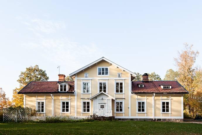 Bild: 15 rum villa på Fågelsta  Lilla Ulfåsa, Katrineholms kommun Julita