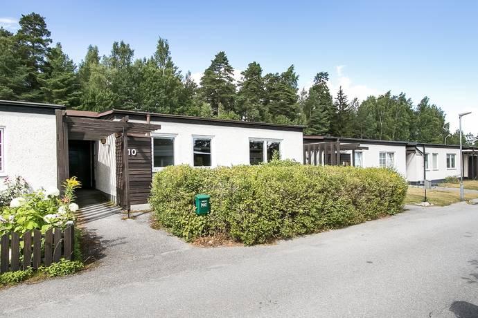 Bild: 4 rum villa på Sätra Gränd 10, Örebro kommun Adolfsberg