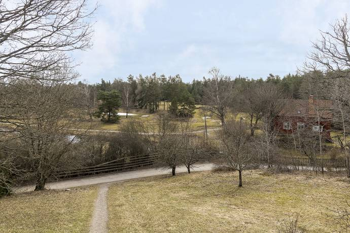 Bild: 2 rum bostadsrätt på Ljuskärrsvägen 10, Nacka kommun Saltsjöbaden - Ljuskärrsberget