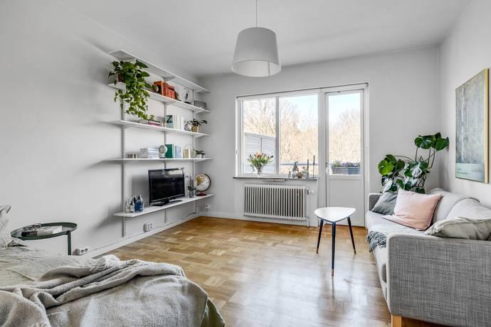 Bild: 1 rum bostadsrätt på Spinnrocksvägen 11, Stockholms kommun Riksby