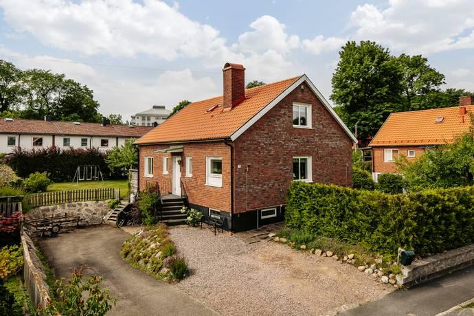 Bild: 5 rum villa på Ekeliden 7, Skövde kommun Billingssluttningen