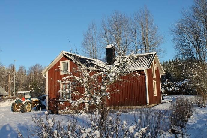 Bild: gård/skog på Hidingen 149, Lindesbergs kommun Hidingen