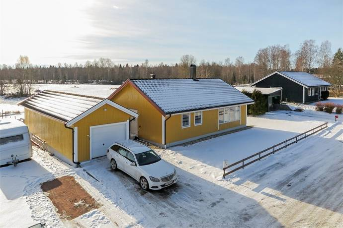Bild: 4 rum villa på Smedvägen 17, Högsby kommun Ruda