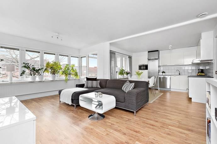 Bild: 3 rum bostadsrätt på Tomtegränd 4, Sollentuna kommun Rotsunda
