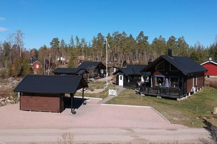 Bild: 5 rum villa på Brattsandsvägen 38, Kristinehamns kommun Brattsand