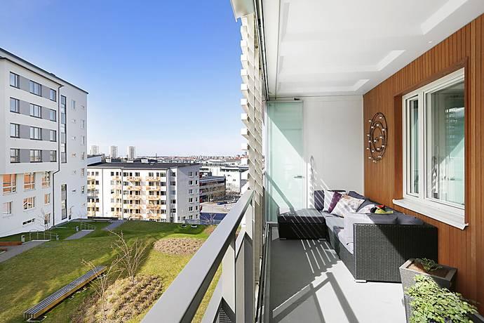 Bild: 4 rum bostadsrätt på Sturehillsvägen 17, 1 tr, Stockholms kommun Liljeholmskajen