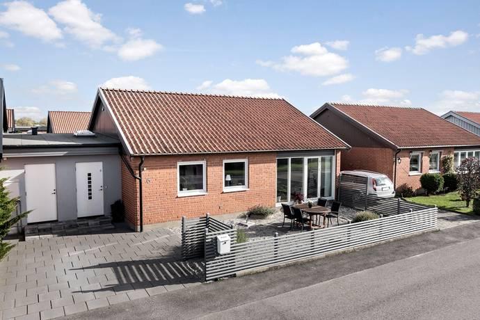 Bild: 6 rum radhus på Botilla Backes väg 6, Landskrona kommun Västervång/vid Borstahusen