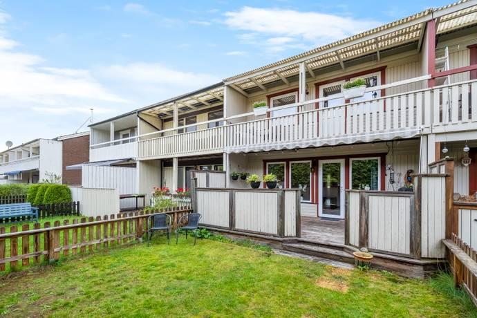 Bild: 6 rum radhus på Svartbäcksgränsen 531, Haninge kommun Svartbäcken