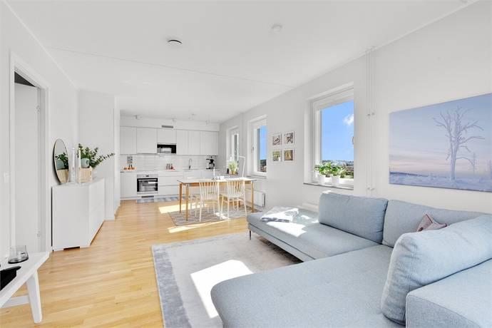 Bild: 2 rum bostadsrätt på Trädgårdsvägen 2, 6 tr, Upplands Väsby kommun Runby