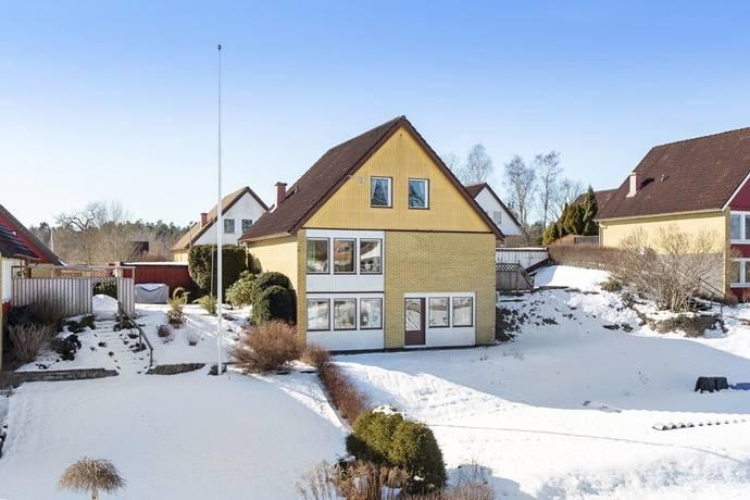 Bild: 6 rum villa på Sedelgatan 12, Norrköpings kommun Kättsätter