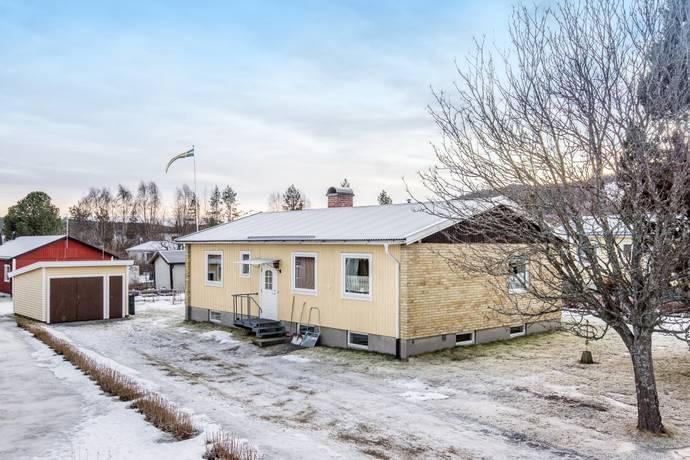 Bild: 4 rum villa på Timotejvägen 9, Sollefteå kommun