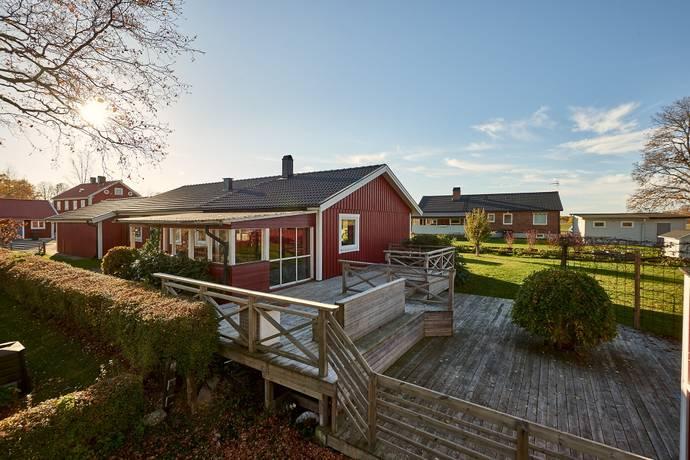 Bild: 4 rum villa på Södra Vägen 1, Växjö kommun Rottne
