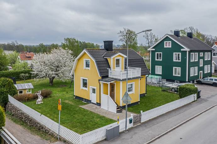 Bild: 3 rum villa på Smålandsgatan 18, Motala kommun Duvedal